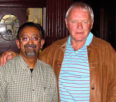 Chef Ranjan Dey with Anthony Hopkins at New Delhi Restaurant in San Francisco. His favorite was Calcutta Lemon Fish Curry